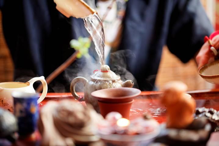 омовение заварочного чайника