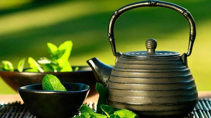 старый заварочный чайник